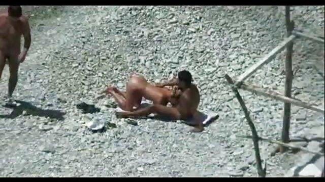 膣を舐める成熟したスリムな女性 女子 専用 無料 エロ 動画
